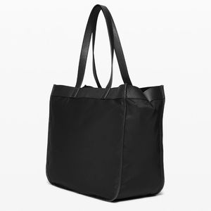 Lululemon Now and Always tote 25 l *black leather